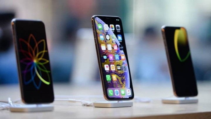 smartphones  دائرة الرقابة الداخلية Apple معرف iPhone اللمس