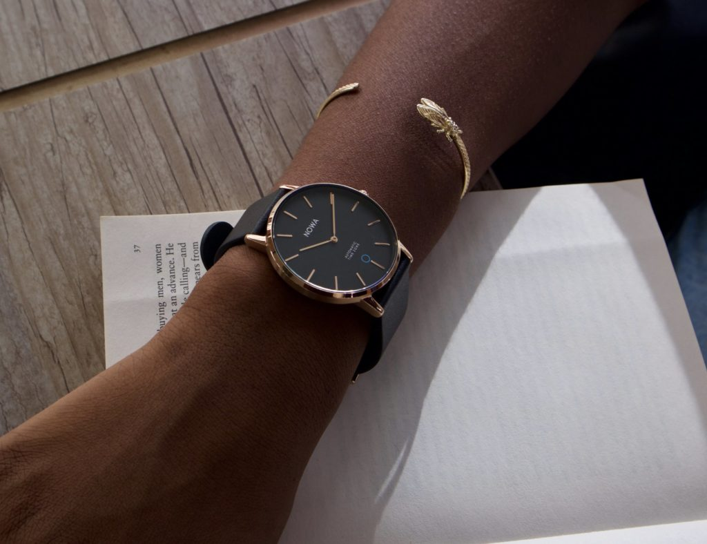 أفضل تصاميم ساعة ذكية بسيطة لعام 2019 - NOWA Shaper 01