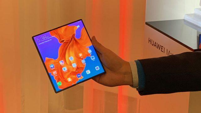 تأخر هاتف Huawei القابل للطي حتى أواخر هذا العام 2
