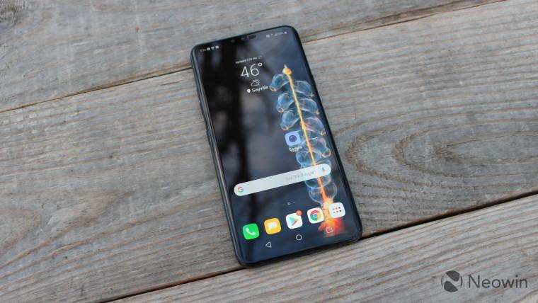 تعرض براءة اختراع LG هاتفًا ذكيًا قابل للطي ثلاثي الطي 1