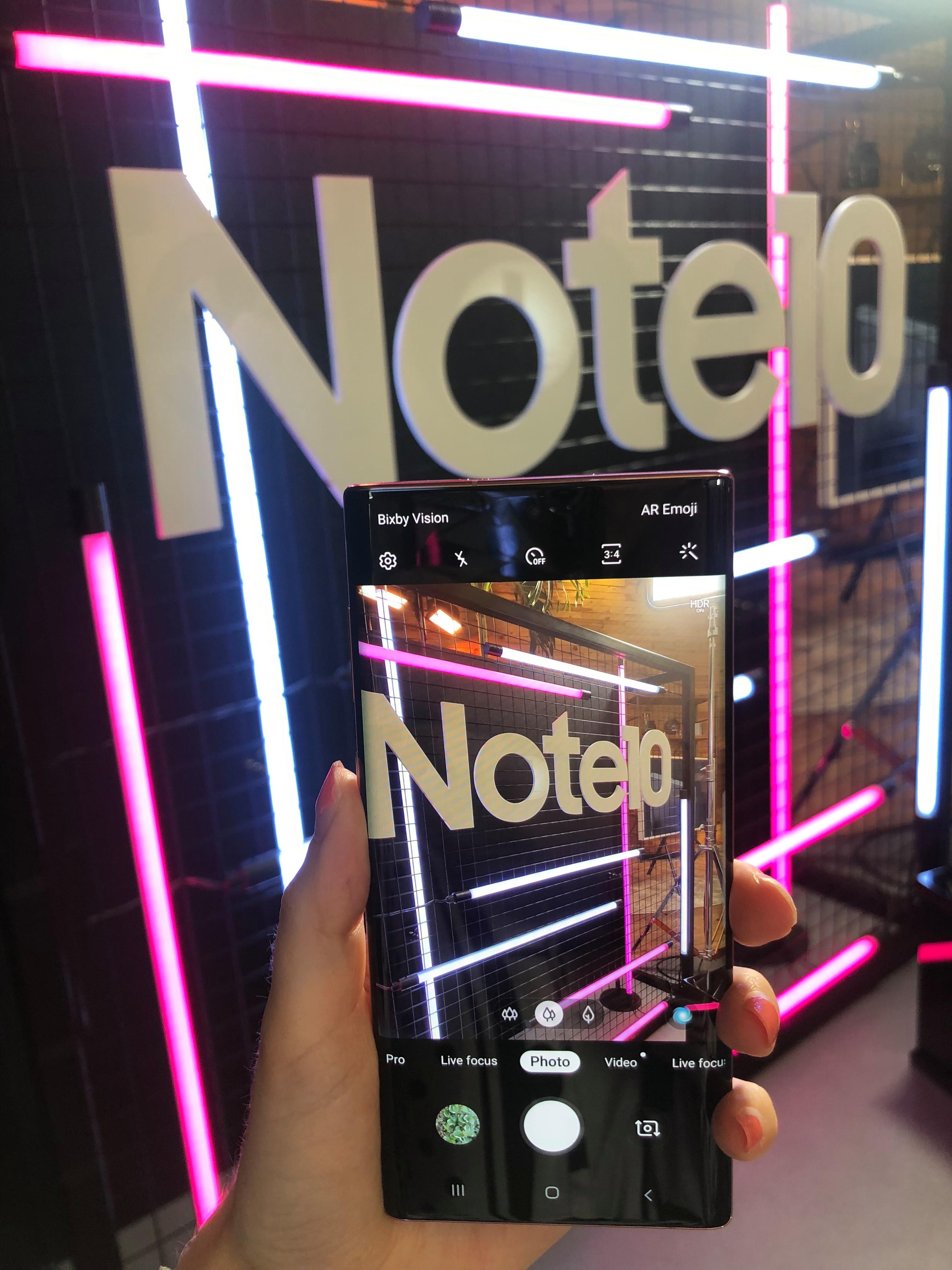 كل من Note 10 هواتف لديها كاميرات عالية الجودة