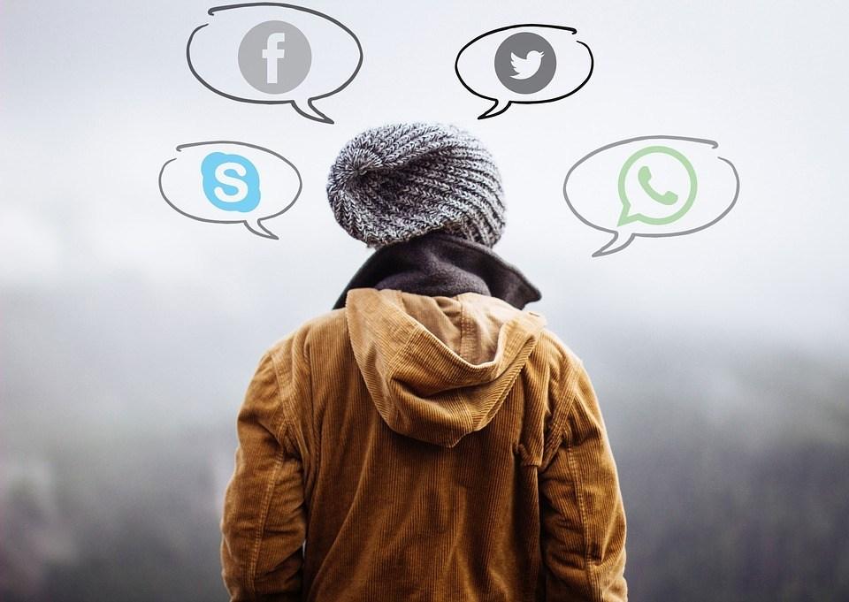 تحديات WhatsApp