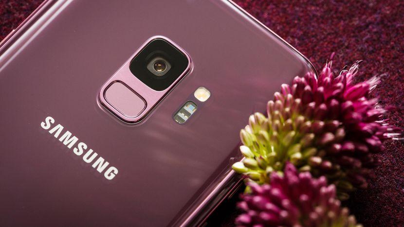 صور جديدة من Galaxy S10 تؤكد أن قارئ بصمات الأصابع يقع تحت الشاشة 1