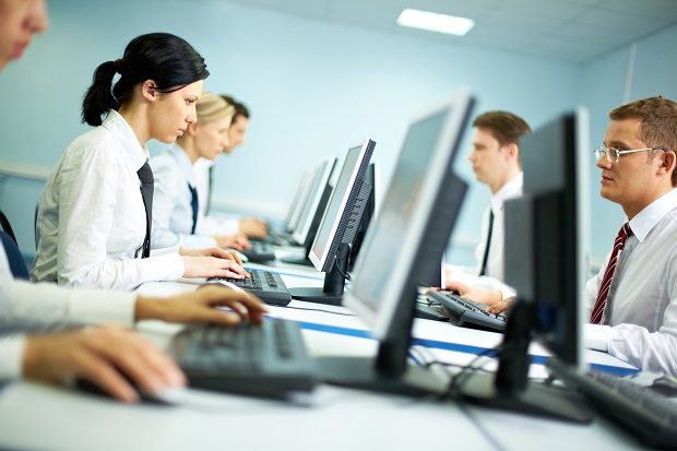 لا توافق Gartner & IDC على أداء سوق أجهزة الكمبيوتر في الربع الرابع 1