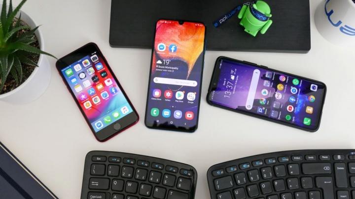 Apple  فون ممن لهم smartphones موقف