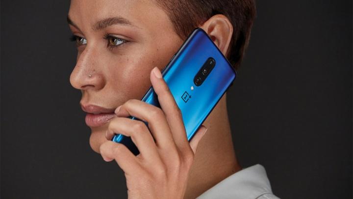 يجب أن تكون الهواتف الذكية OnePlus 7 و 7 Pro من أوائل الأجهزة التي تتلقى نظام Android 10