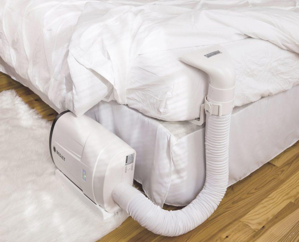 """كيف تنجو من موجة حارة مع التكنولوجيا - Bedjet 01 """"aria-ووصفby ="""" gallery-17-357638"""