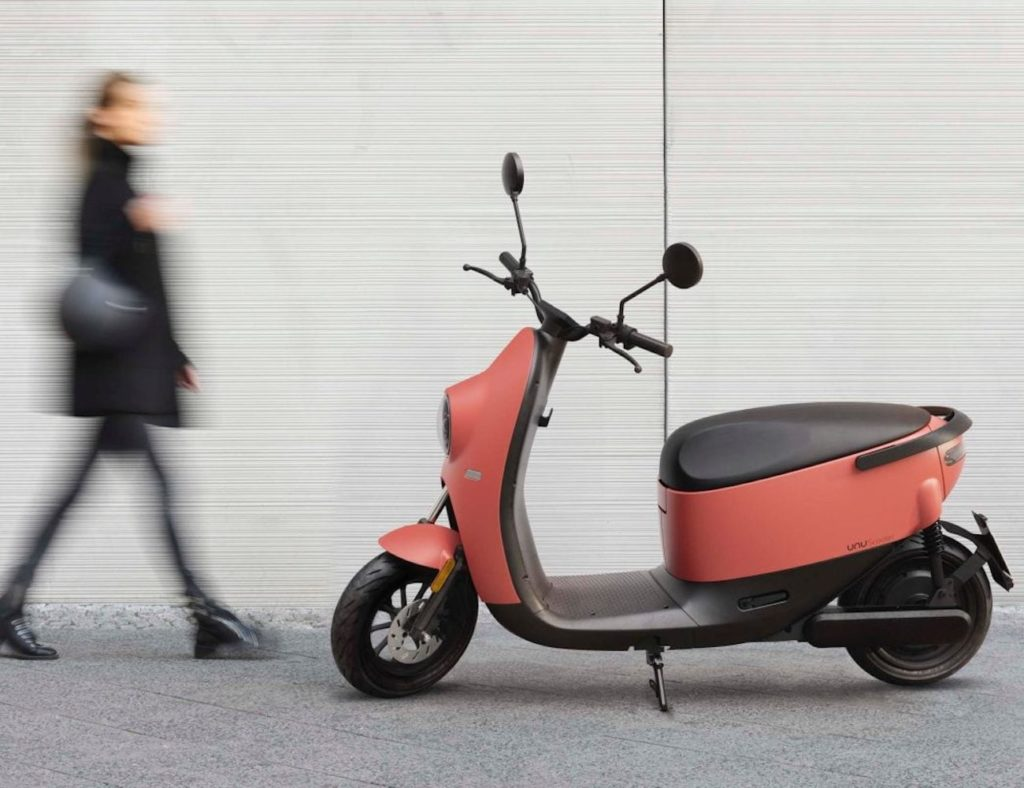 """unu Scooter Smart Electric Vehicle """"aria-ووصفby ="""" gallery-6-359003"""