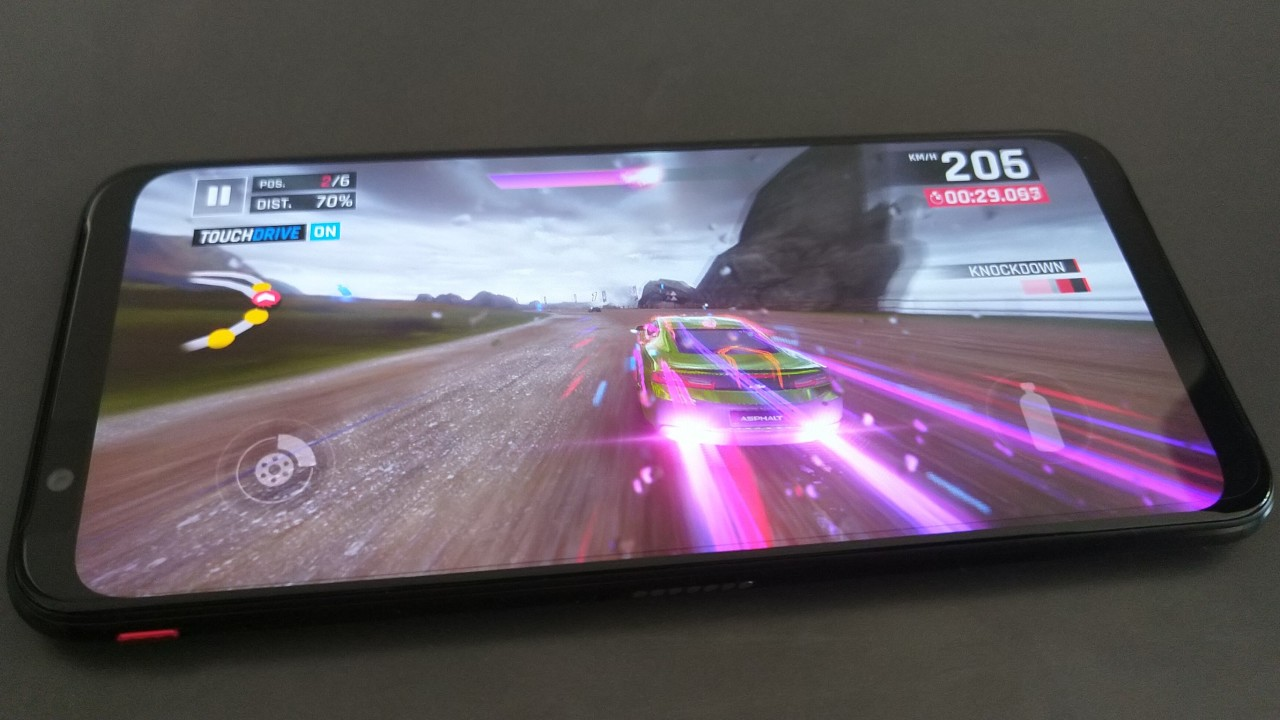 مراجعة Red Magic 3: يحتوي هاتف الألعاب هذا على اثنين من المعجبين الآن 5