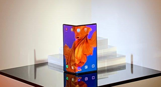 تأخر هاتف Huawei القابل للطي حتى أواخر هذا العام 1