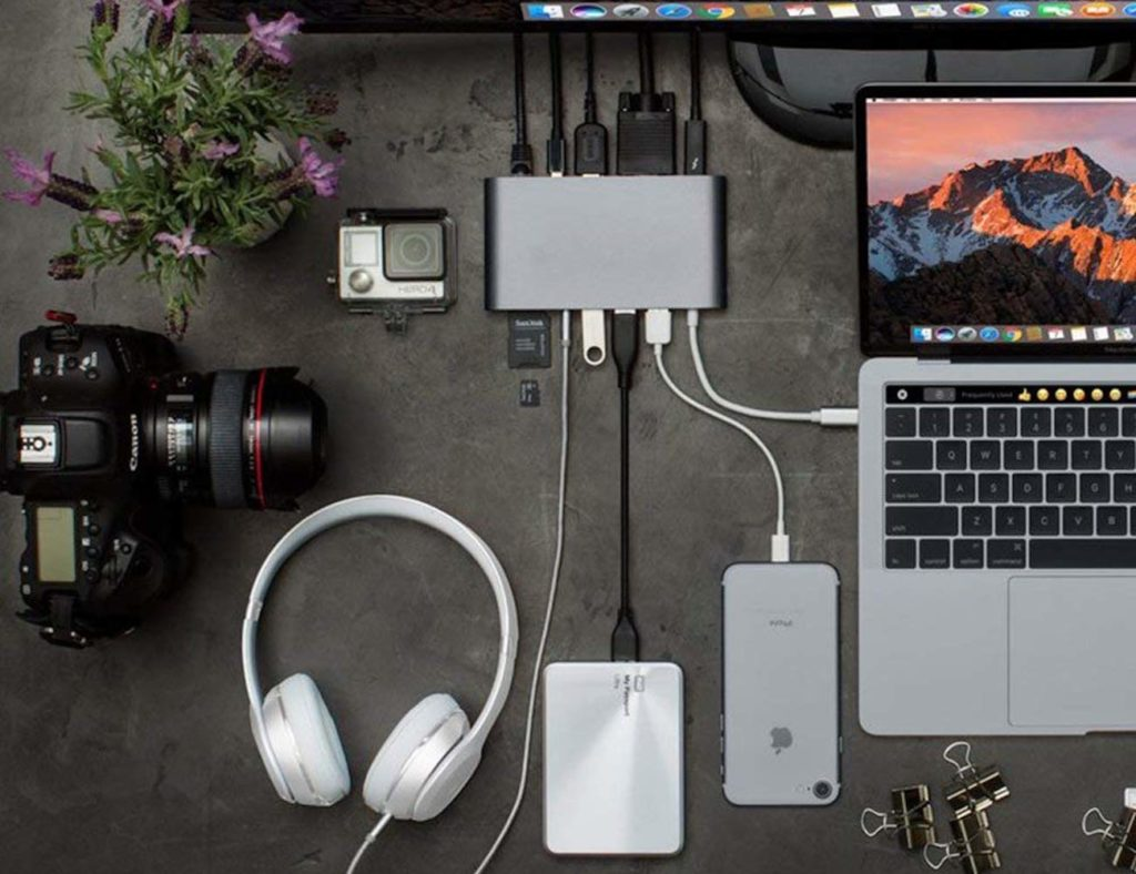 كيف يمكن لمركز USB-C تغيير الطريقة التي تعمل بها نحو الأفضل - HyperDrive 01