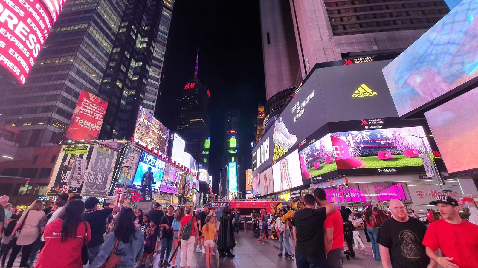 الصورة: هذه هي الطريقة التي تلتقط بها سامسونج الجديدة الصور Galaxy Note10 +! + الصور الليلية والفيديو 19