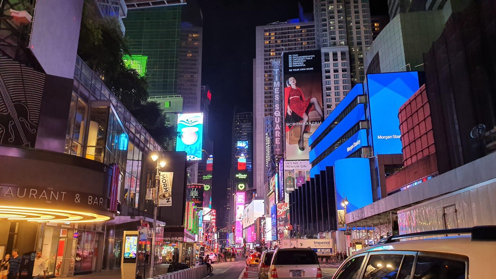 الصورة: هذه هي الطريقة التي تلتقط بها سامسونج الجديدة الصور Galaxy Note10 +! + الصور الليلية والفيديو 21