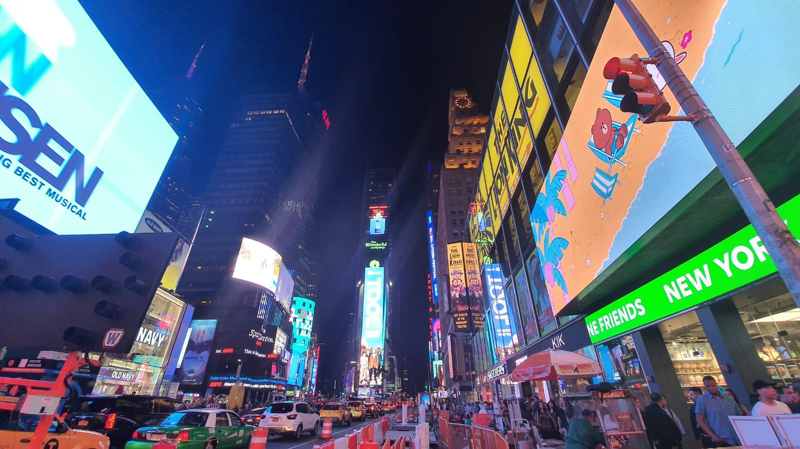 الصورة: هذه هي الطريقة التي تلتقط بها سامسونج الجديدة الصور Galaxy Note10 +! + الصور الليلية والفيديو 25