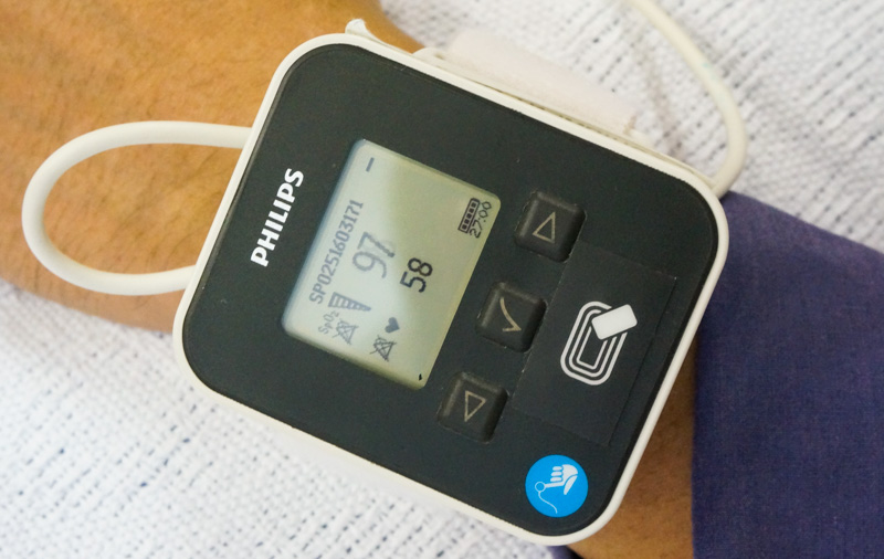 يمكن أن ترتدي الأجهزة القابلة للارتداء مثل الممرضات 24/7 ملاحظات حول علامة الحيوية الخاصة بك.