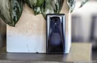 HTC U12 Plus.