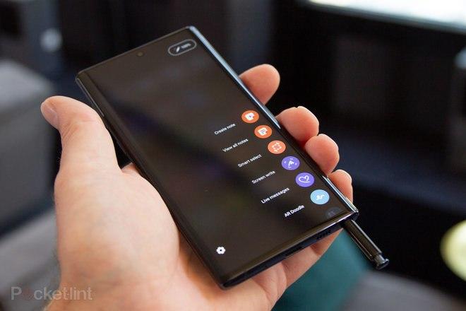 ما هو الشحن اللاسلكي العكسي وأي الهواتف لديها؟ هواوي P30 Pro ، سامسونج Galaxy Note  10 ، أكثر 4