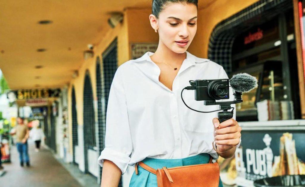 أفضل كاميرا سفر 2019 - Sony RX100 VII 03