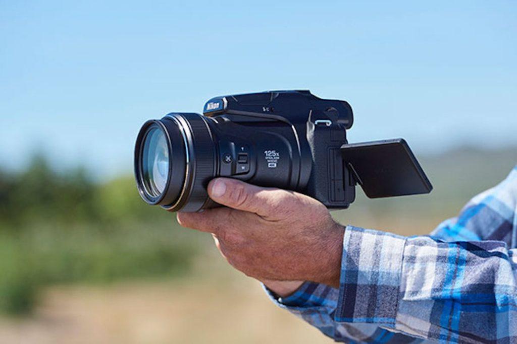 """ما هو أفضل كاميرا سفر 2019 - Nikon COOLPIX P1000 03 """"aria-ووصفby ="""" gallery-8-361204"""