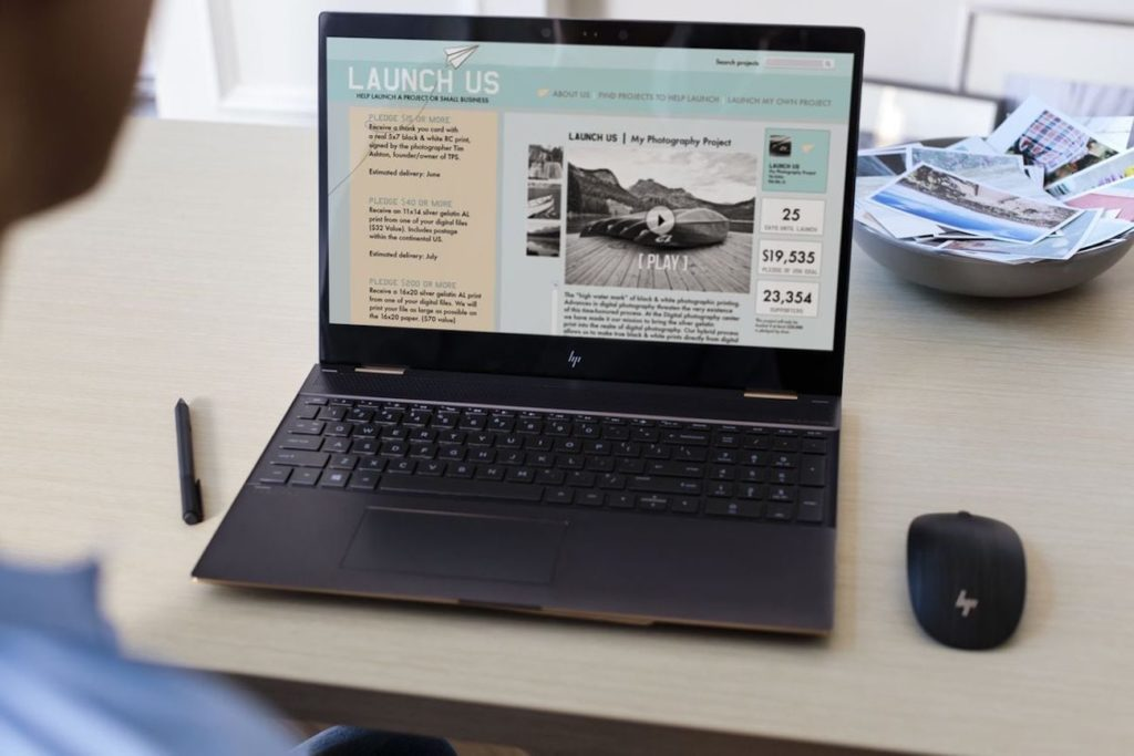 """أفضل أجهزة الكمبيوتر المحمولة المحمولة التي يمكنك شراؤها في عام 2019 - HP Specter x360 15 03 """"aria-ووصفby ="""" gallery-16-362412"""