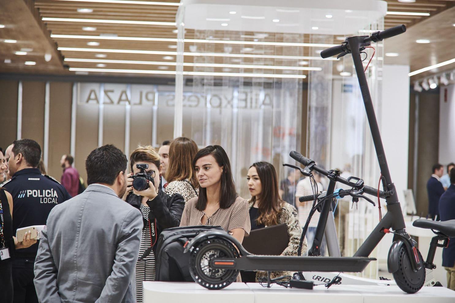 هذا هو أول متجر Aliexpress المادية في إسبانيا (وفي أوروبا) 1