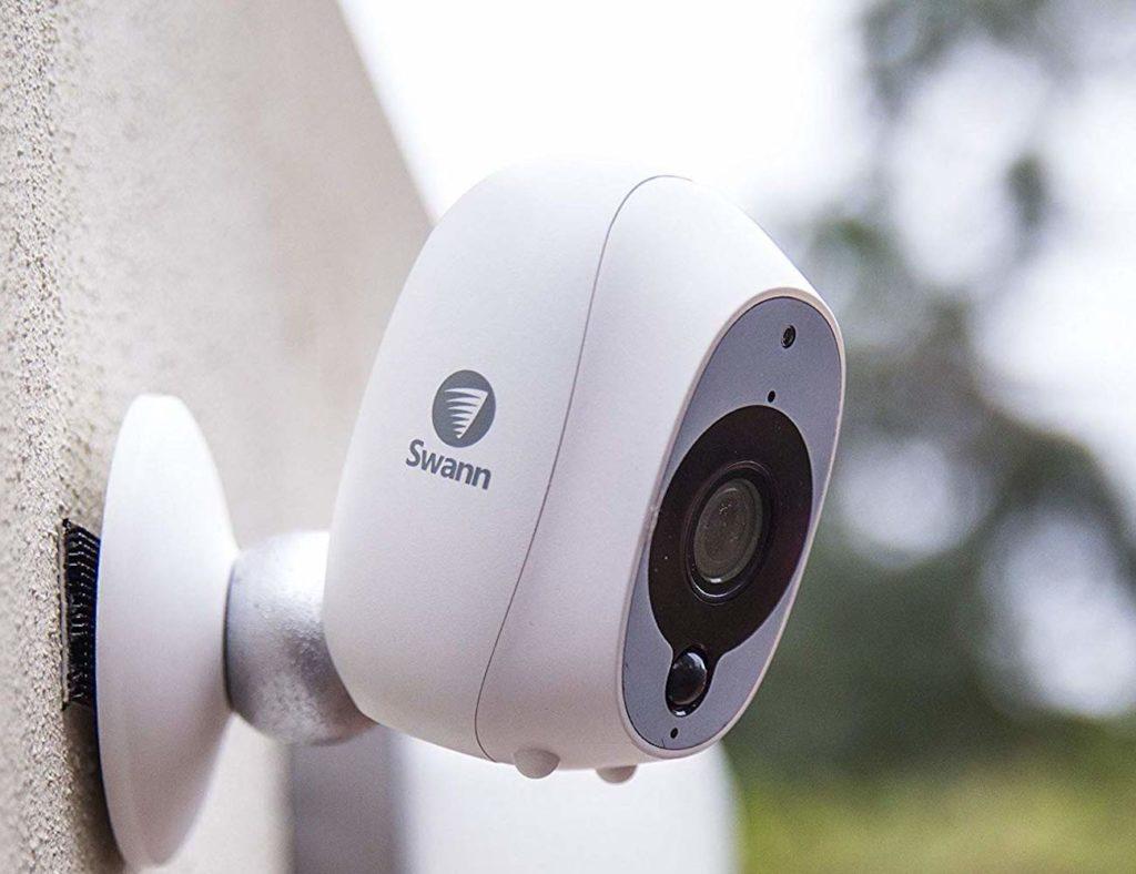 الكاميرات الأمنية HD المفضلة لدينا لمراقبة منزلك - Swann 03