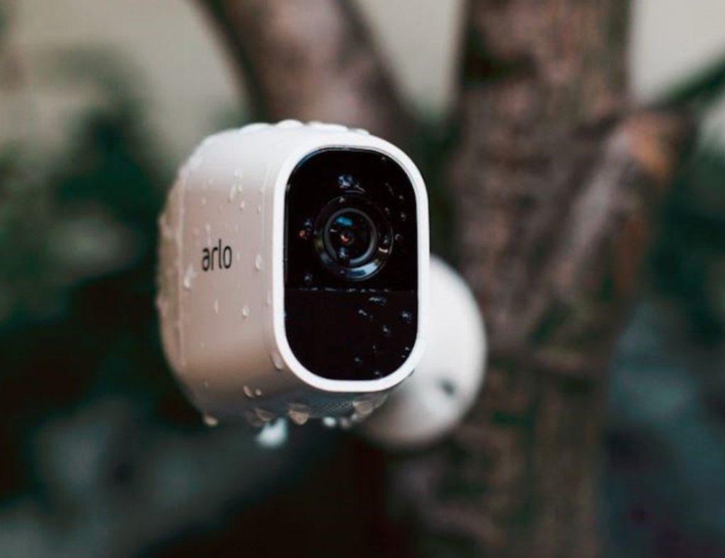 """كاميراتنا الأمنية عالية الدقة المفضلة لمراقبة منزلك - Arlo Pro 2 03 """"aria-ووصفby ="""" gallery-10-362596"""