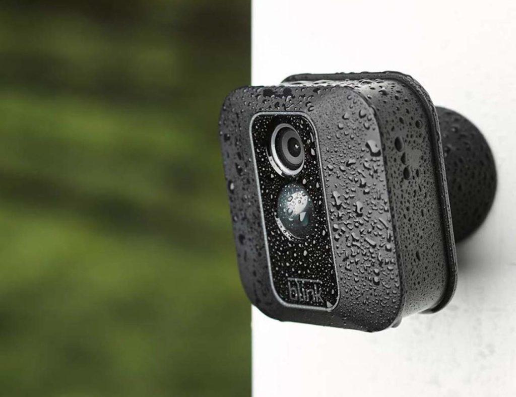 """كاميراتنا الأمنية عالية الدقة المفضلة لمراقبة منزلك - Blink XT2 03 """"aria-ووصفby ="""" gallery-12-362593"""
