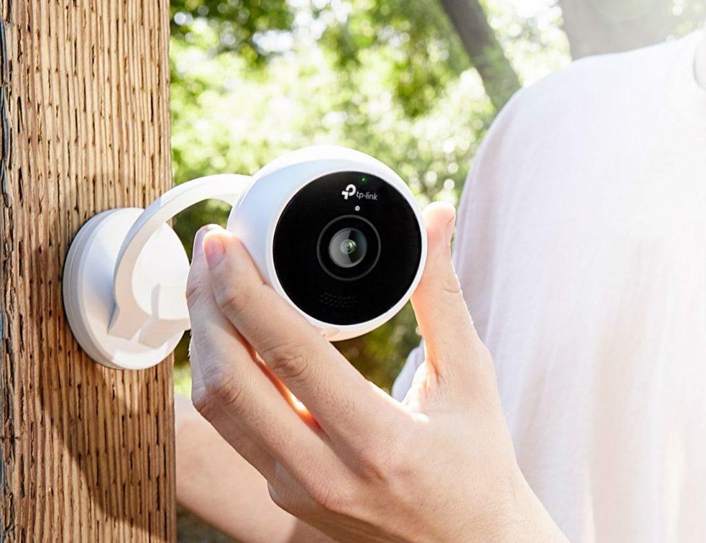 """كاميراتنا الأمنية عالية الدقة المفضلة لمراقبة منزلك - TP-Link Kasa Cam 02 """"aria-ووصفby ="""" gallery-13-362589"""
