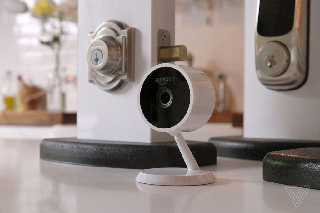 الكاميرات الأمنية HD المفضلة لدينا لمراقبة منزلك - Amazon سحابة كام 03