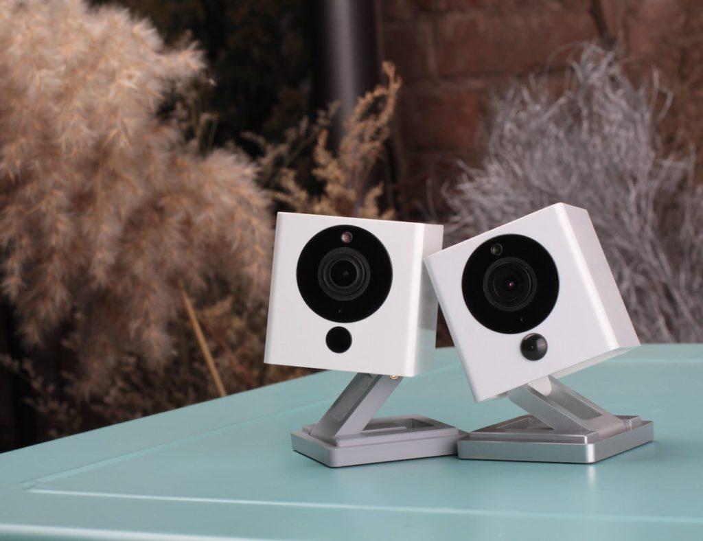 الكاميرات الأمنية HD المفضلة لدينا لمراقبة منزلك - Neos SmartCam 02