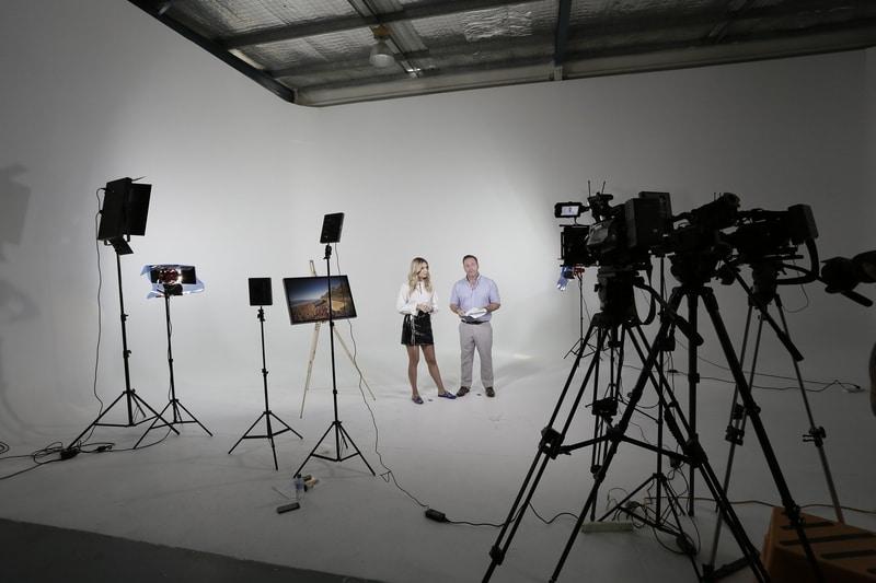معدات صناعة الأفلام المهنية