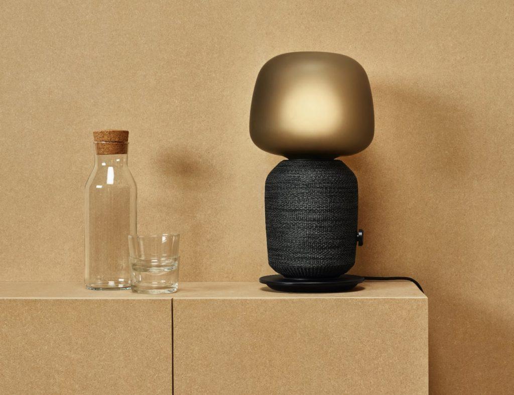 """ايكيا و Sonos Symfonisk مصباح طاولة مكبر صوت Wi-Fi """"aria-ووصفه ="""" gallery-6-363099"""