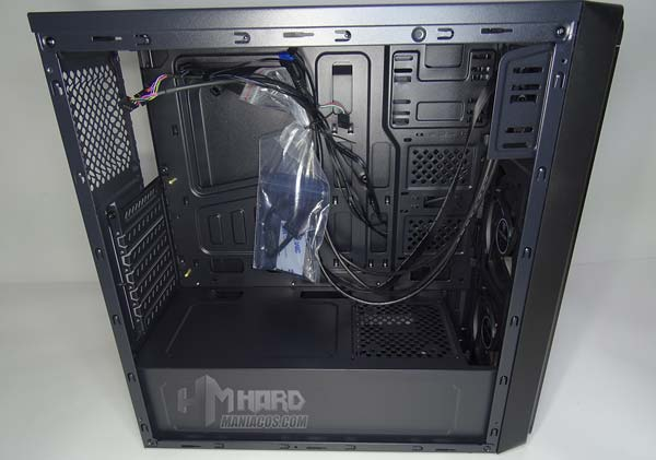مراجعة PC Tower Aerocool SI 5200 RGB 15
