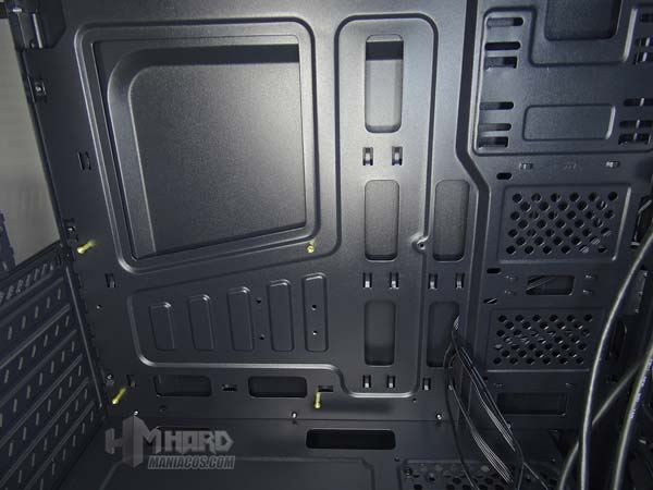 مراجعة PC Tower Aerocool SI 5200 RGB 18
