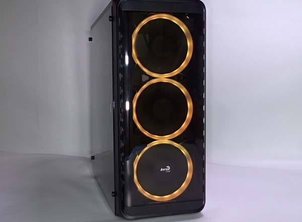 مراجعة PC Tower Aerocool SI 5200 RGB 33