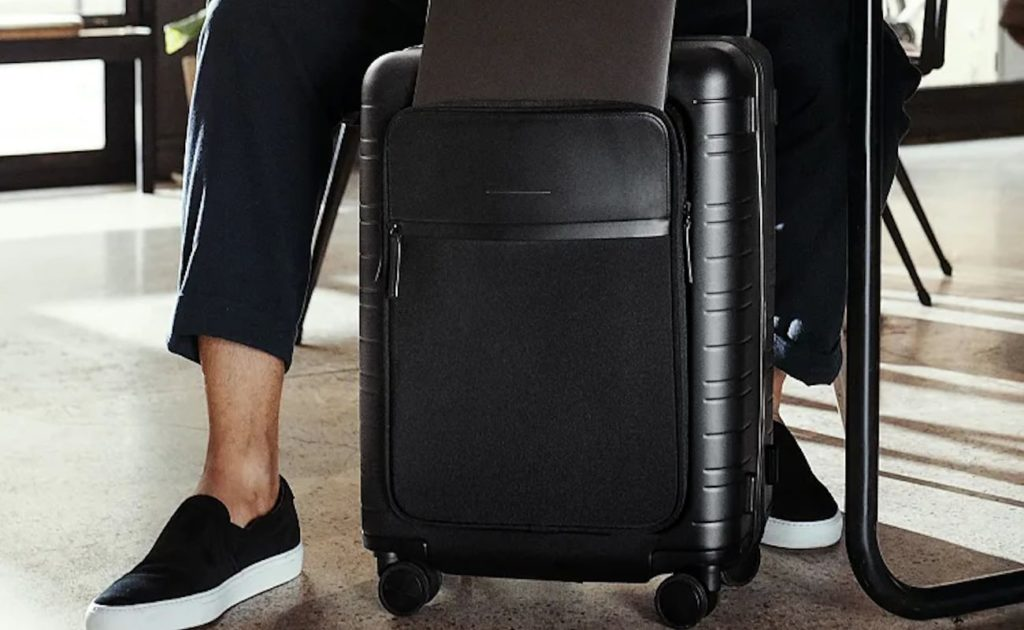 Horizn Studios M5 Smart Cabin Luggage