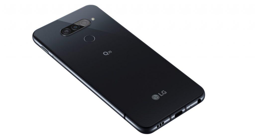 LG Q70 بشاشة 6.4 بوصة FHD + ، Snapdragon 675 ، كاميرات خلفية ثلاثية ، Hi-Fi Quad DAC ، تم الإعلان عن المتانة على المستوى العسكري 1