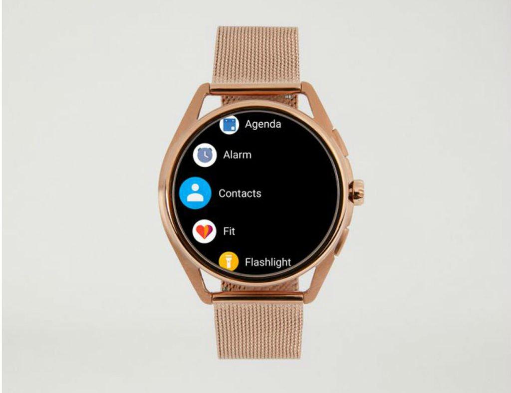 """أفضل تصميمات الساعة الذكية لعام 2019 - Emporio Armani 03 """"aria-ووصفby ="""" gallery-12-363442"""