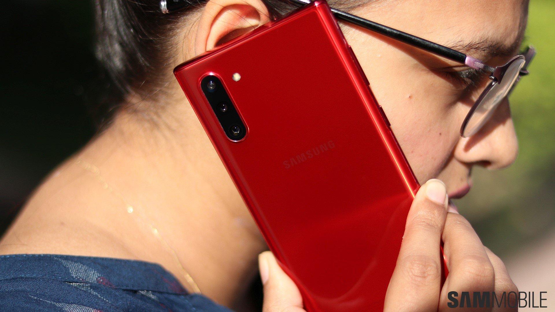 سامسونج Galaxy Note  10 مراجعة: مضغوط Note بالنسبة لأولئك الذين يريدون واحد 1