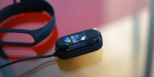بدأ بيع Xiaomi Mi Band 4: لماذا هو أفضل من Mi Band 3؟ 8