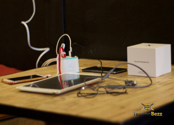Xcentz محطة شحن USB