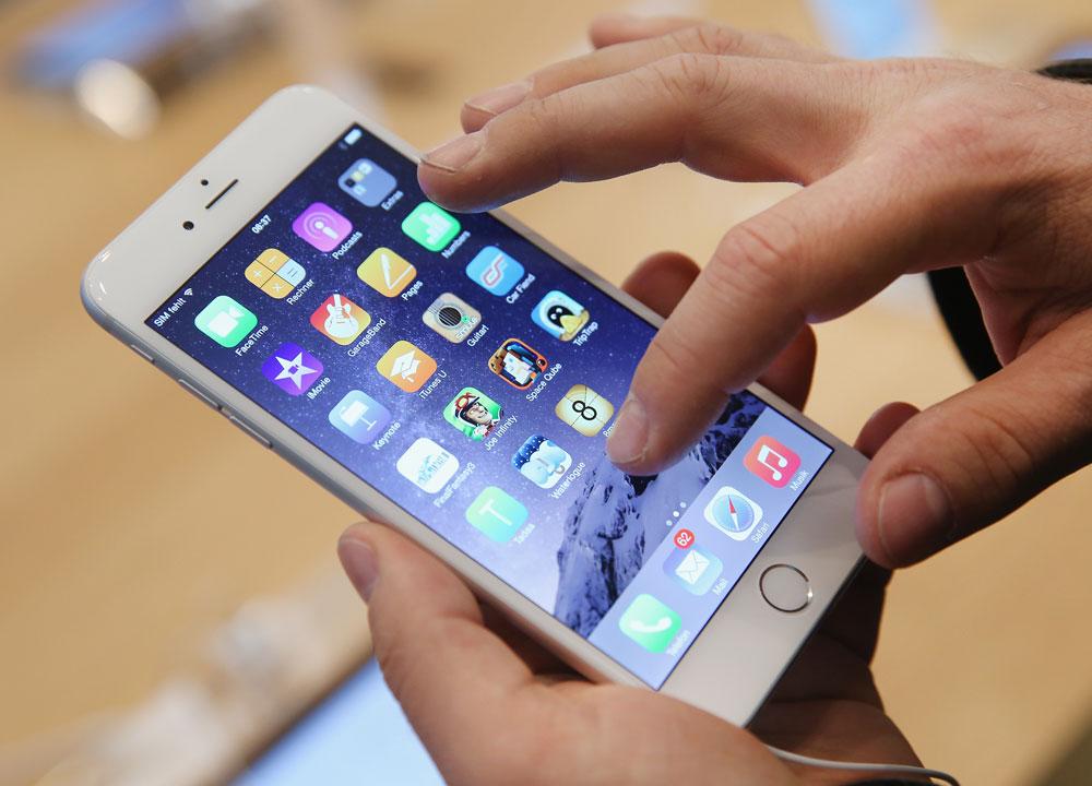 حب البريطانيين smartphones و selfies ، تظهر دراسة جديدة 1