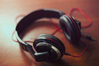 أفضل X سماعات الأذن وسماعات الأذن التي يمكنك شراء