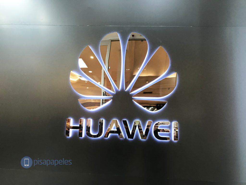 تنشر Huawei القائمة الرسمية المكونة من 17 جهاز كمبيوتر يتم تحديثها إلى Android 10 1