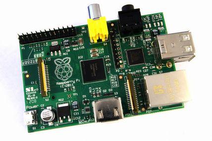 يعرض Raspberry Pi Model A للبيع في أوروبا مقابل 19 جنيهًا إسترلينيًا 1