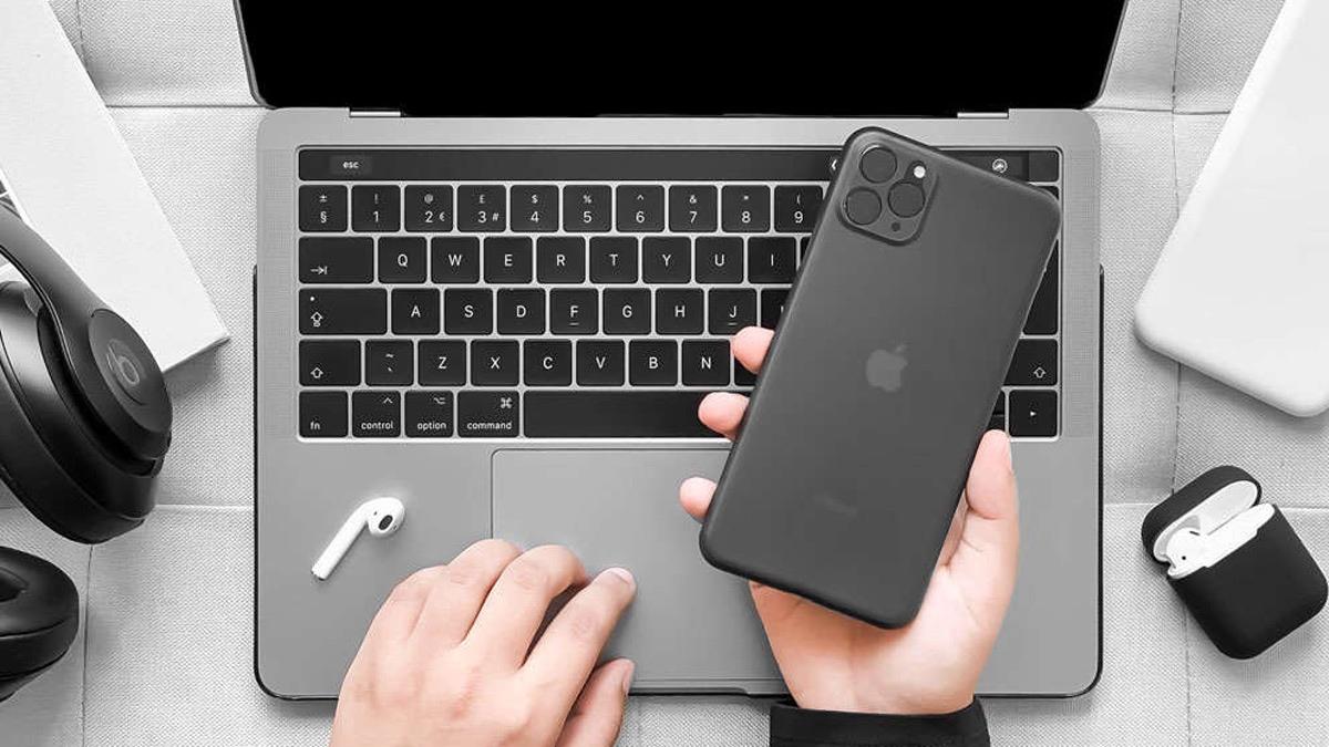 تُظهر الصور المتسربة من الشركة المُصنّعة للحالة تصميمًا أنيقًا لمجموعة iPhone 11 3