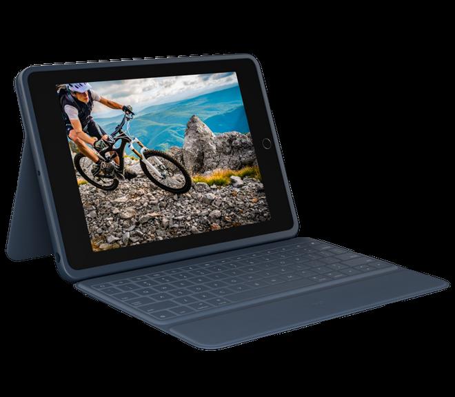 لوجيتك تقدم حافظات لوحة مفاتيح فوليو رفيعة وعرة لجهاز iPad 10.2 2