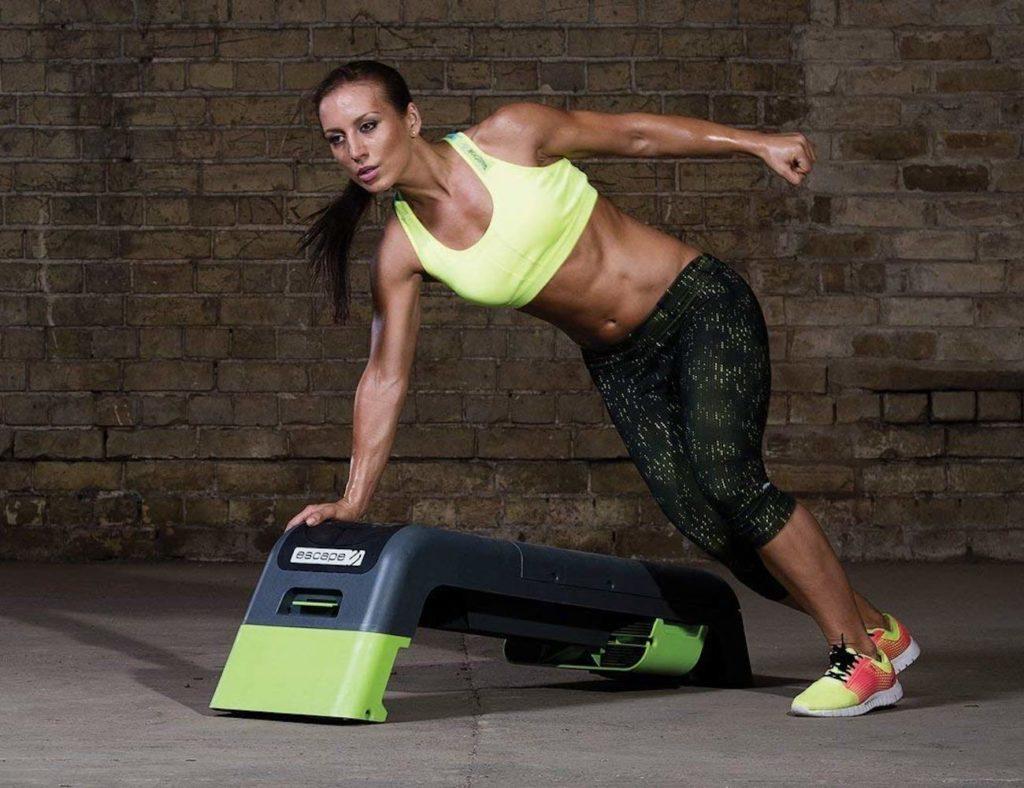 """معدات تمرين داخلي للحفاظ على لياقتك البدنية وصحية - Escape Fitness Deck 2 02 """"aria-ووصفby ="""" gallery-15-365875"""