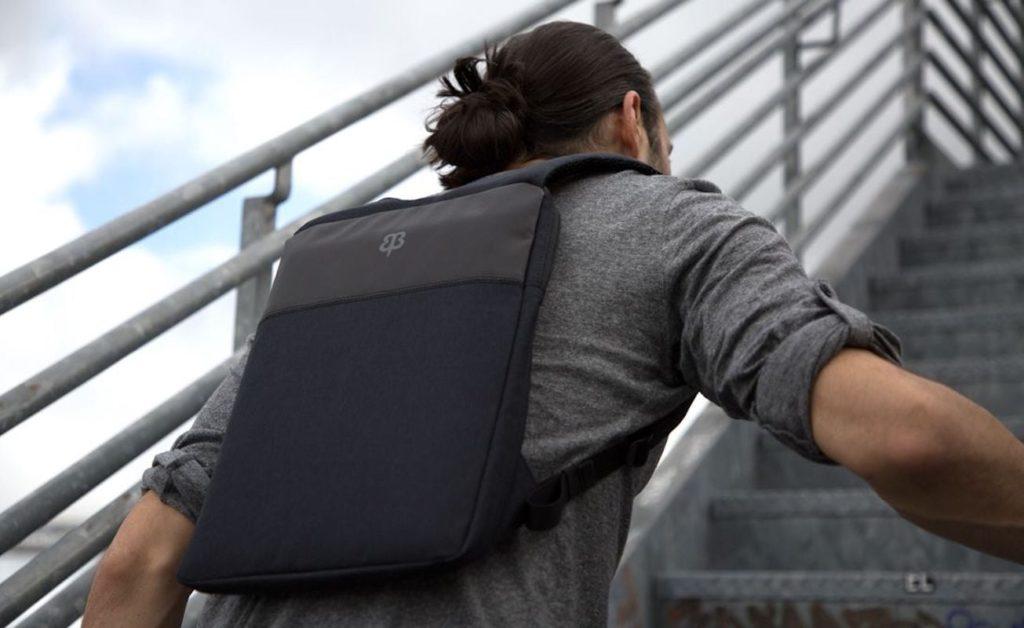 9 حقائب كمبيوتر محمول لحماية كل ما تبذلونه من الاشياء على تنقلاتك 2